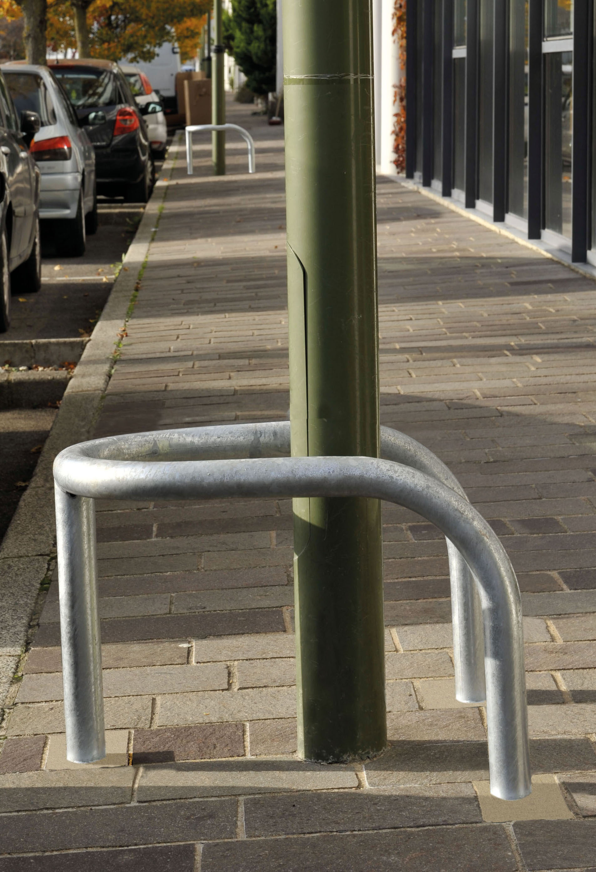 Mobilier urbain tms for Protector parking carrefour